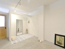 ボディサロン ピカパウ(Body Salon PICA-PAU)の雰囲気(お着替えスペース。Tシャツとスウェットパンツを用意してます。)