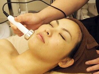 ファルマエステ オリーブ オリーブ健康館内(Olive)の写真/くすみ・しみ緩和&しわ・たるみ改善!毛穴にも◎肌の深部までアプローチしお肌のエイジングケア♪