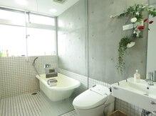 ブラッシュジム(BRUSH GYM)の雰囲気(トレーニング後は綺麗なバスルームでスッキリしてください。)