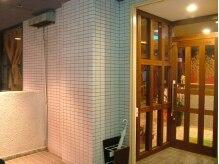 タイ古式リラクゼーション チャントンの雰囲気(店内入口です。入ってすぐに受付になります。)