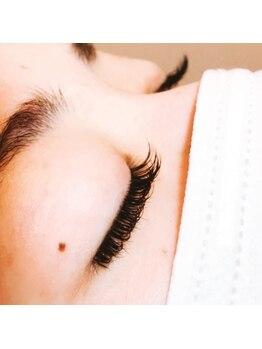サロンド アンジェの写真/シンプルな目元からゴージャスな目元まで演出♪まつげの種類も豊富!!アナタに合った理想のデザイン叶う☆