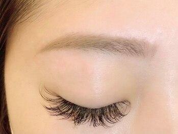 ミストアイラッシュ(mist eyelash)の写真/【LA発bdbアイブロウ】骨格・目の形に合わせて理想の美眉に[黄金比眉毛 × WAX脱毛]憧れのトレンド眉を実現