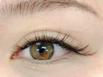 ビアンカ アイズアンドネイルズ 新宿西口店(Bianca eyes&nails)の写真/【話題のバインドロック導入!100~120束¥7280】軽い付け心地が人気♪[フラットラッシュ100本¥5080]