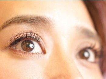 プティットスリール アイラッシュ 栄本店(Petit Sourire Eyelash)の写真/名古屋で絶大な人気を誇るサロン!【フラットラッシュつけ放題¥5990/プラチナセーブルつけ放題¥5500】