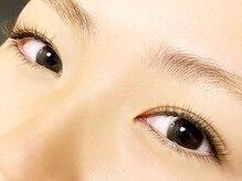 アイドール ディフュージョン(eyedoll diffusion&co. )