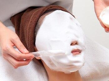 グレース 立川店(GRACE BEAUTY SALON)の写真/毛穴をWできれいにできる、ふわもこ洗浄と光フェイシャルがセットに!肌の汚れを取りハリと弾力を与えます☆