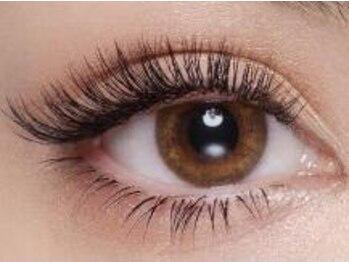 セリーヌ(Celine by Reange eyelash&nail)の写真/【業界最先端★バインドロック】密度濃厚1本1本のボリュームたっぷり♪アイラインいらずの華やかな目元☆