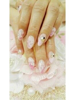 トリーシア(Nail & Beauty Salon Tri-xia)/花柄フレンチネイル