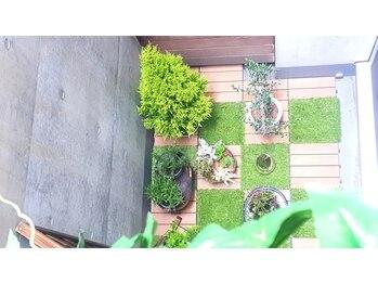 アロマアンドボディデザインサロン アースカラー 自由が丘(EARTH COLOR)/アースカラーの庭1