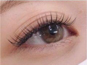 チュラ アイラッシュ(chula eyelash)の写真/目元に合わせたパーソナルデザインで可愛く印象的な目元に♪☆☆【Uー24】最高級セーブル120本¥3780☆☆