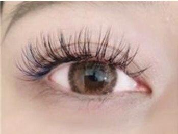 チュラ アイラッシュ(chula eyelash)の写真/カラーバリエーション30色以上☆☆カラーの組合せや、オールブラウンも人気♪フルカラー120本¥5400☆