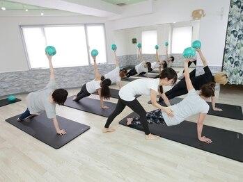 ピラティスグリーン 池袋店(Pilates Green)/マットレッスン