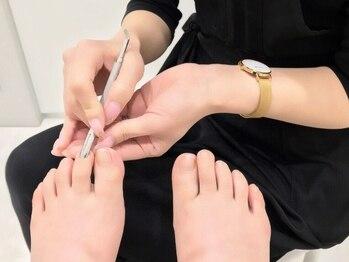 ココロバ ネイルアンドビューティーサロン(COCOLOBA)の写真/爪のお悩みやコンプレックスのある方、お気軽にご相談下さい♪爪の状態をしっかり美爪になるまでサポート◎