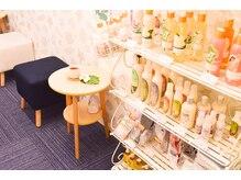 サロンドチャチャ 新横浜駅店(Salon de chacha)の店内画像