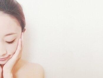 コガオ デ ホロニック(Kogao de Holonic)の写真/最新痩身マシン≪ハイックス≫導入サロン!フェイスラインをキュッと引き上げ年齢を感じさせないお顔へ☆