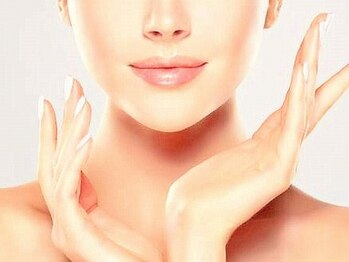 ティセラ(Tethera)の写真/痛みが少ない顔脱毛で、感動の化粧ノリを実感◎美肌効果でうっとりするようなハリツヤのある素肌美人に!