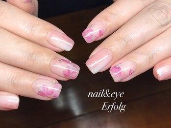 ネイルサロン エアフォルク 銀座(Erfolg)/春らしい淡いピンクな桜ネイル!