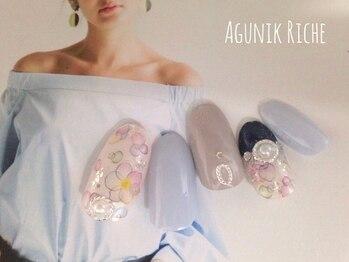 アグニークリッシェ(Agunik Riche)/【花柄ネイル】