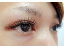 デューアイズ(Dew Eyes)