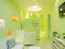 ルーナ(LUNA)の雰囲気(白とグリーンを基調に大人カワイイアイテムがいっぱい♪)