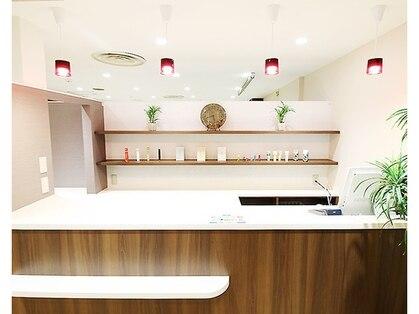 A&A 小山VAL店
