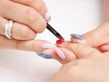 爪の健康を考えケアから丁寧に施術。ワンランク上の仕上りに♪