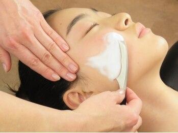 フェイス マルヤマ(FAITH maruyama)の写真/【潤い美肌へ】毛穴洗浄付☆お顔シェービングコース50分¥3900☆超音波/イオン導入付のコースもあります!