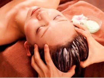 バリ曼荼羅(BALI MANDARA)の写真/クリームバスによる頭皮マッサージで,肩こりや眼精疲労もスッキリ解消♪髪の毛に潤いと艶を与え,美髪ケア☆