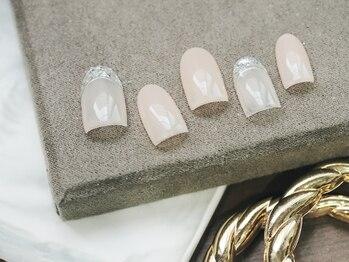 ネイル ジー(Nail g)/ガラスフレンチ風 シンプル