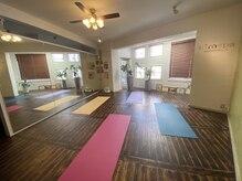 タイハーブアンドセラピー ニムスパ(nimspa)の雰囲気(2階は「スタジオ」になっていて、タイ式ヨガが体験できます。)