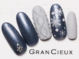 ニット×雪の結晶ネイル