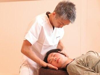 かなざわ痛みラボの写真/デスクワークやスマホでガチガチの首肩こりも<原因筋>と<頸椎の歪み>にアプローチ!改善に向け最適解を導く!