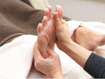 リラックス プラス(Relax Plus)の写真/英国式リフレクソロジー☆足のむくみ緩和に効果あり◎冷えやお疲れを癒してスッキリ☆