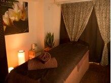 アロハマナ(ALOHAMANA)の雰囲気(落ち着いた雰囲気の個室で癒しのひとときを♪)