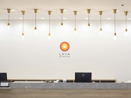 ホットヨガスタジオ ラバ 新宿東口店(LAVA)の写真