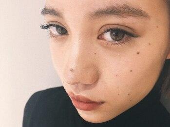 ローブ アイラッシュ(LOAVE eyelash)の写真/ブラウン等のカラーも多種から選べて自分らしさを表現できます。お試し100本~等メニューも豊富にご用意。