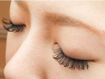 ラルナ ネイルアンドアイラッシュサロン(LA LUNA nail & eyelash salon)の写真/超有名店出身のアイリストによるマツエク×技術力・抜群のセンスにファン続出!ネイル同時施術可◎要問合せ
