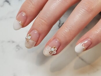 ネイルサロンブラン(nail salon BLANC)/ハーフフレンチネイル