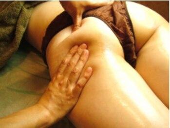 エステアンドブライダルサロン ビアンカ(美愛華)の写真/下半身太り!【結果重視】の凄技痩身リンパ!お尻/ソケイ部~つま先まで感動リンパで美脚に◎