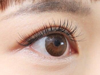 ナチュレ 北坂戸店(NATURE)の写真/マスカラ要らずで周りの目を惹く魅力的な瞳へ♪自まつ毛と自然に馴染むナチュラルな仕上がりに◎