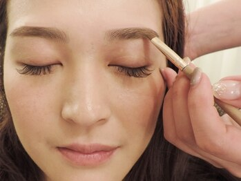 プティ アイビューティ 淀屋橋店(peTiT eyebeauty)/【眉スタイリング】施術の流れ3