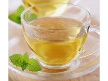 オリジナルブレンドティーなどお茶のサービスを致しております。