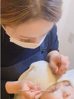 ティアンダ タアチ(t-under taachi)の写真/初めての方/まつ毛のお悩みを抱えている方必見!丁寧なケアでモチもUP◎より美しいお目元を演出します♪