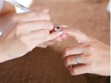 繊細で丁寧な施術で貴女の指先を彩ります…☆
