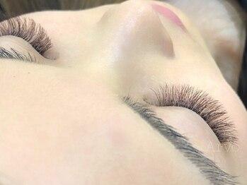 アルボ 海田店(Arvo)の写真/お客様1人1人の顔立ち、印象に合わせたまつ毛で瞳力UP★ボリュームラッシュ(4D)80束/最大320本¥5500!