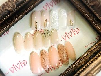 ネイルサロン ビビッド(Nail Salon ViViD)の写真/《上品でナチュラルな指先をご提案◎》デザイン持ち込みOK!ワンポイント追加でオシャレに演出★