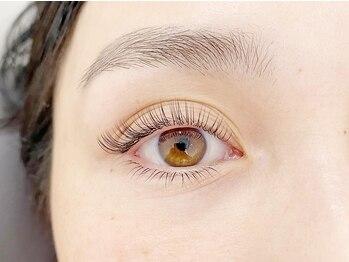 ルーア アイビューティ(Lua eyebeauty)の写真/自まつ毛が少ない方も今までにないふさふさ感で濃密ゴージャスeyeが叶う♪自然なボリューム感に大満足☆