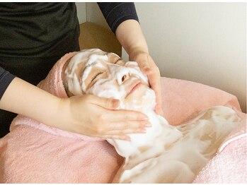 ヴィヴィアンの写真/「正しく洗顔できてますか?」お肌は洗顔で80%決まる!ヴィヴィアンのたっぷりふわ泡エステで毛穴の大掃除♪
