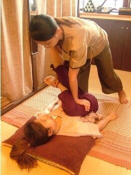 タイ古式マッサージアユタヤの写真/[口コミ評価エリアNO.1のスゴ腕!]身体がだるい、調子が悪い…。そんな時はタイ古式で全身くまなくほぐす!