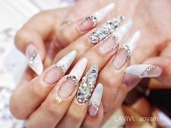 ラヴィヴィ 表参道店(LAVIVI.)(東京都港区)